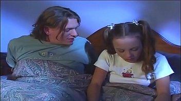 Зрелая с силиконовой дойкой чпокается с юношей возле камина