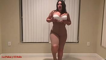 Обалденная секс дискотека студентов у бассейна в сауне