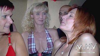 Партнер по кастингу засаживает болт в вагину тонкий девки на кастинге