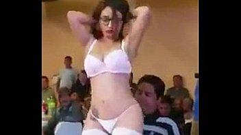 Мими показывает отличное тело в приватном чате